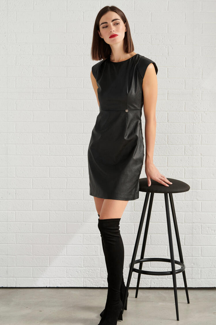 Sleeveless Dress - Black S