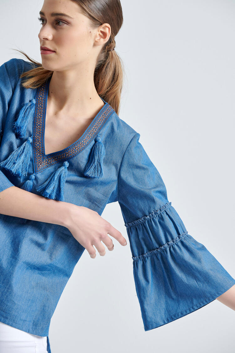 Blouse with V neckline and tress - Blue S