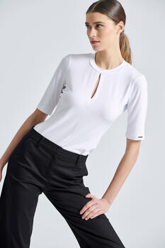 Blouse with neck opening - WHITE L